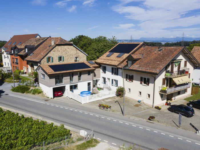 Rénovation de l'enveloppe et agrandissement d'une maison villageoise à Clarmont