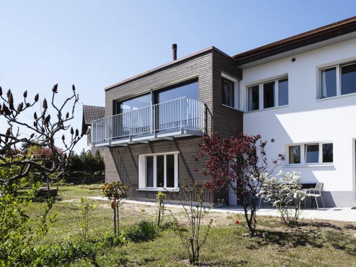 Rénovation complète de l'enveloppe d'une villa à Tolochenaz