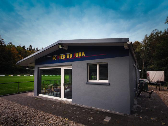 Buvette et vestiaires du FC Pied du Jura à Apples